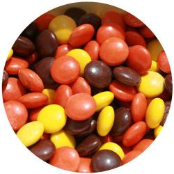 Yoogout Frozen Yogurt Reeses Pieces